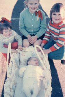 Larni, Robyn, Cath and Greg