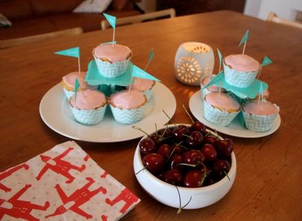Cupcakes & Cherries