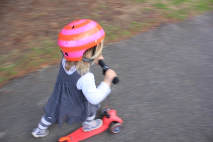 Poppy Scooting