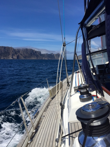 Heading towards Tasman Island